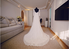 Wedding gown cleaning one price dry cleaners fort myers for Cost of cleaning wedding dress